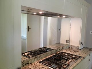 Mirror splashback for kitchens