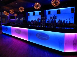 Bar blue & pink glass splashback