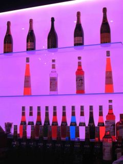 LED Glass Splashback Illuminated Glass Bar Wall & Glass shelves