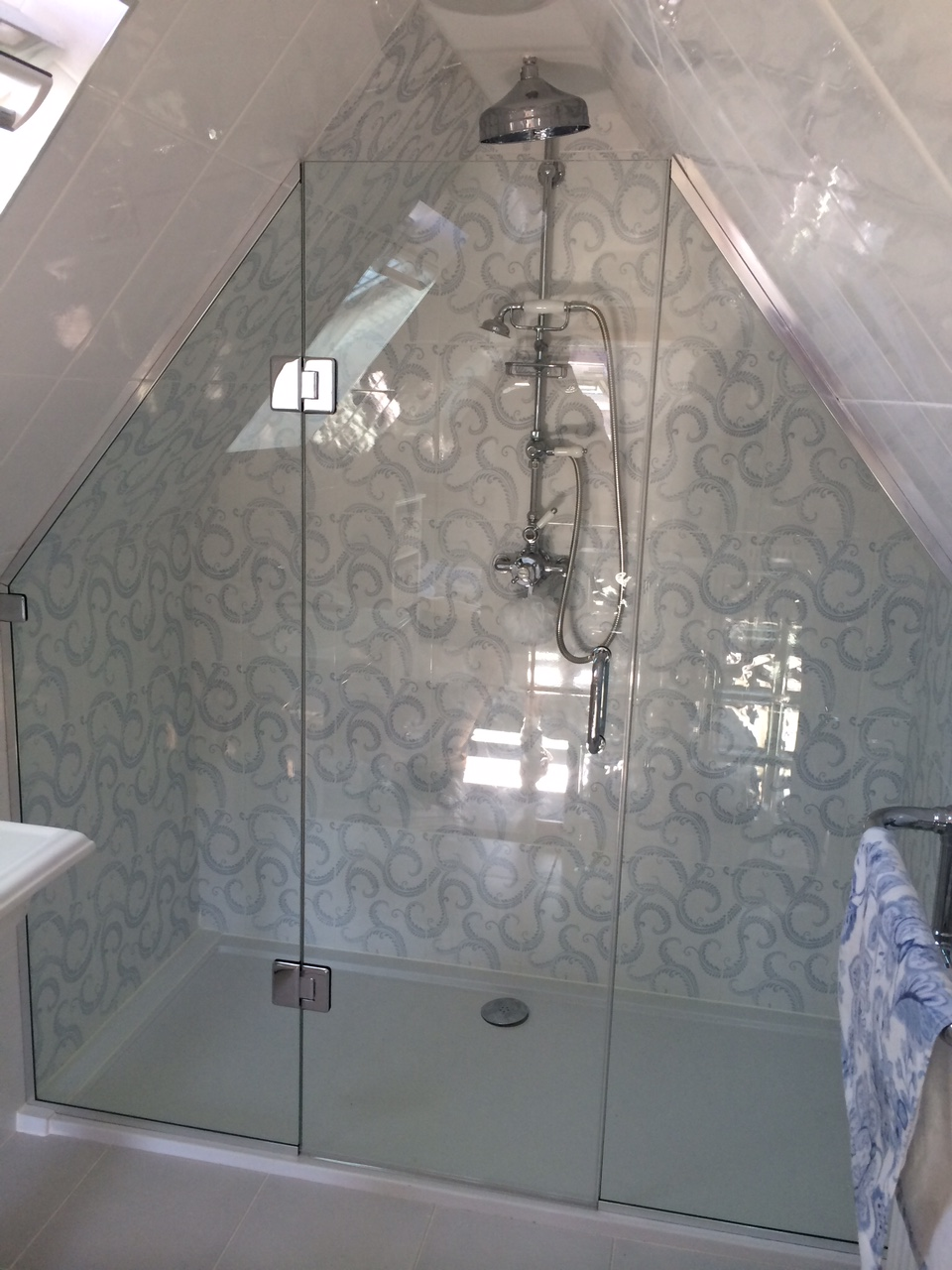 Loft Sloping Ceiling Showers Glass360 Specialist And Bespoke Glass