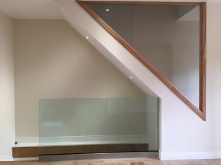 Frameless glass stairs balustrade