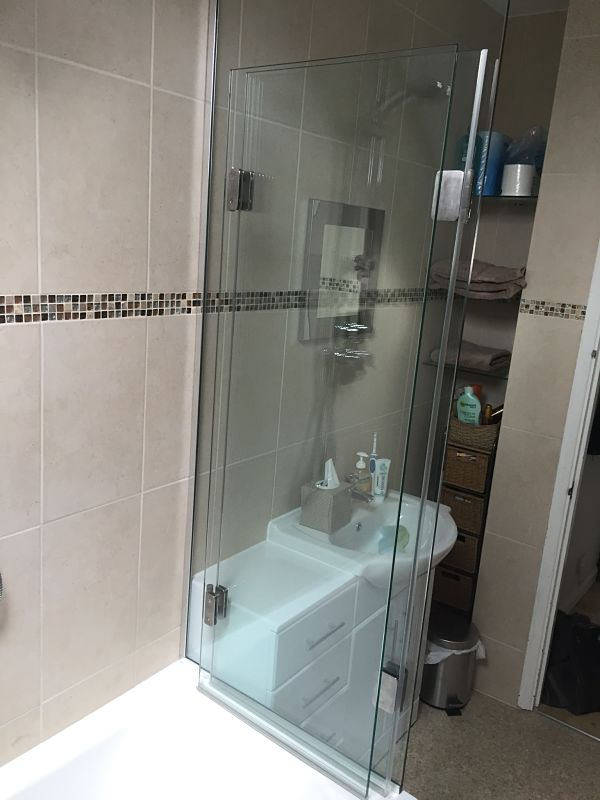 Over Bath Shower Screens Made to Measure - Bespoke Bath Screens ...