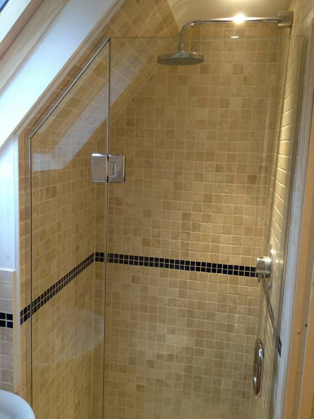 ideas for small attic bathrooms - Loft & Sloping Ceiling Showers Glass360 Specialist and