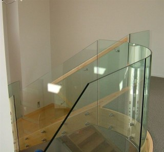 Curved Glass Stair Balustrade