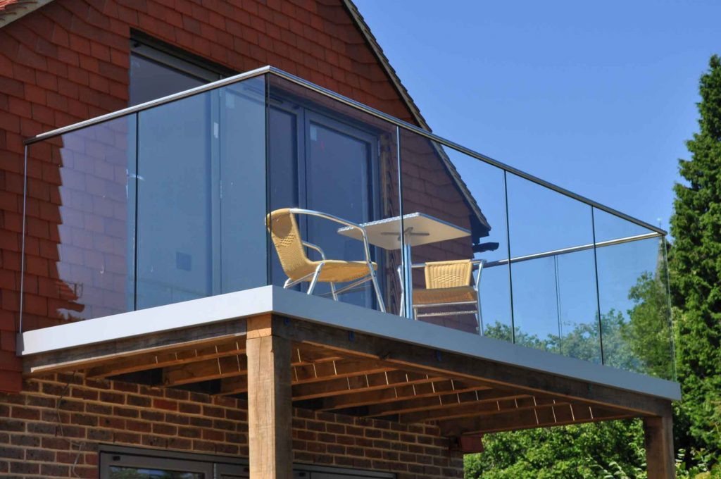 glass balcony specialists windsor